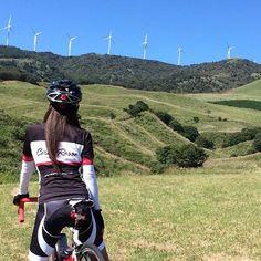 風力発電の風車 今日は夏のように暑かった☀️ #CervoRosso #crjapan #roadbike #outdoor #ロードバイク #自転車 #bicycle #mountain #bike