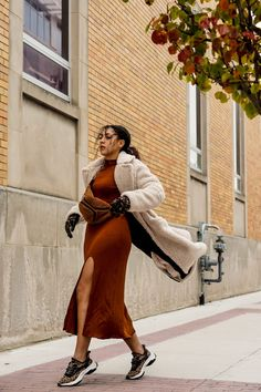 An Easy Teddy Bear Coat Outfit Idea for Fall and Winter, latest fashion  trends for women chic, black fashion blogger style outfits, fall outfits  women casual fashion ideas color combos, fashion blogger tips chic
