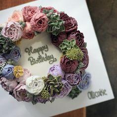 #Buttercream #flowercake #ollicake #olliclass #korea #peony #succelent #chefsamkim #birthday #partycake #버터크림 #플라워케익 #올리케이크 #작약 #다육이 #샘킴 #조공 #동편마을 #꽃스타그램 ollicake@naver.com