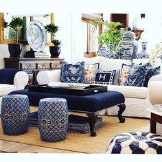 ...and this is how my sister designs with #blueandwhite - an #arabian twist - at her #AbuDhabi #home @kimhopkins My favorite room.