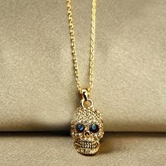 New Skull Set Crystal Pendant Alloy Plated 24K Gold Womens Necklace