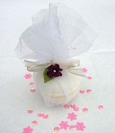 Jasmine Bath Bomb by BubbleBooBath, via Flickr