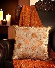 Mamta Dewan-Decorative cushions-BIW00000262