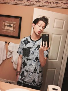 """((Fc:Ricky Dillon)) """"Hey Im Asher, Ashtons older brother so guys beware. I'm 21 and single so yeah introduce?"""""""