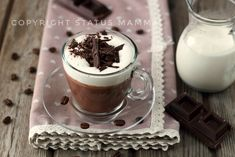 Facile e confortante la Cioccolata calda al caffè il Buosino è una bevanda confortante facile e golosa che nasce a Varese nel bar Buosi .