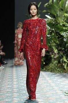 Jorge Vázquez Moda Madrid, Gala Dresses, Fall 2016, Winter, Feathers, Mercedes Benz, Ready To Wear, Pearls, Elegant