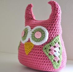 I love owls. Now if I can just learn to crochet more than just one long strand....