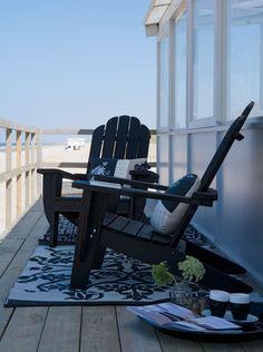 Industrieel ontwerper Maarten Vrolijk gebruikte de natuur als inspiratiebron voor de smakelijke tuin- en terrasmeubels en bijbehorende accessoires van Raffi.
