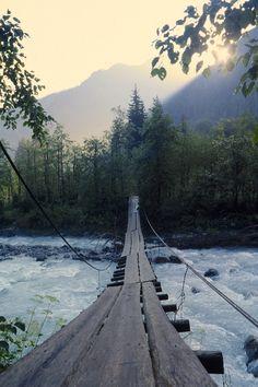 Люблю мосты - они соединяют