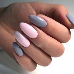 Gentle ombre nails, grey nails, obmre gel polish nails, party nails, pink g Nail Art Design Gallery, Best Nail Art Designs, Nail Design, New Year's Nails, Hot Nails, Nail Manicure, Nail Polish, Bridesmaids Nails, Gel Nails French