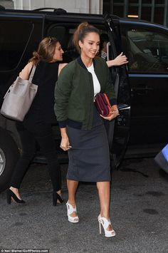 Jessica Alba wearing Tory Burch Multi-Stripe Convertible Shoulder Bag and Nicholas Kirkwood Eclipse Sandals