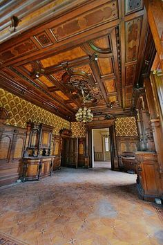Paneling walls, wood ceilings, victorian interiors, victorian homes, classi Wood Ceilings, Ceiling Beams, Paneling Walls, Victorian Interiors, Victorian Homes, Exterior Design, Interior And Exterior, Classic Ceiling, Home Ceiling