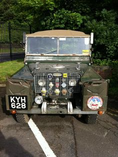 WAR HERO! DECORATED, this car is from the first 20.000 pieces Ever produced. Landrover Series, Landrover Defender, Land Rover Off Road, Range Rovers, Defenders, Land Cruiser, Waterfalls, Badges, Military Vehicles