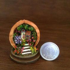 1/144th scale garden in a walnut shell