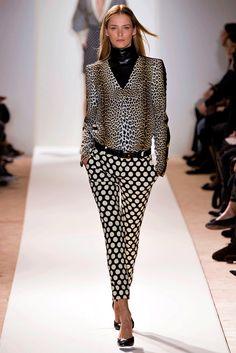 ¡Fiebre de puntos! El regreso de los polka dots al look otoñal Emanuel Ungaro Otoño / Invierno 2013