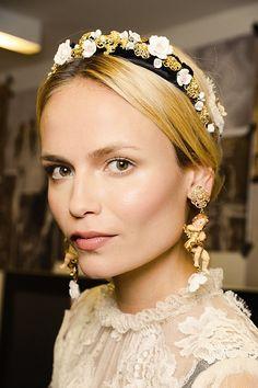 Bei Dolce & Gabbana trugen die Models pompösen Schmuck im Barock-Stil.