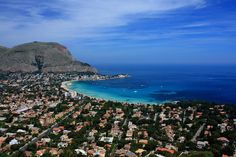 Mondello, Palermo, Sicily, Spaggia beach_ Italy