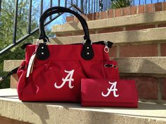 Alabama purse and matching wallet. Roll Tide!   ~ Check this out too ~ RollTideWarEagle.com sports stories that inform and entertain and Train Deck to learn the rules of the game you love. #Collegefootball Let us know what you think.  #RollTide #Alabama