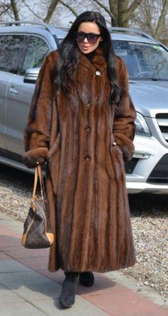 NEW ROYAL MINK FUR LONG SWINGER COAT CLASS OF SABLE CHINCHILLA FOX JACKET PONCHO