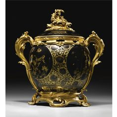 A large Gilt-Bronze-mounted Chinese Black and Gold Porcelain Pot-Pourri Vase and Cover, Louis XV, circa 1755, The Porcelain Qianlong (1736-1795).