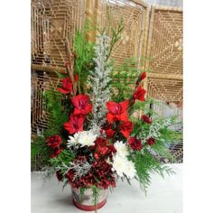 Three Hills AB Florist - Shirley's Flowers and Friend's Flower Delivery, Christmas Wreaths, Bouquet, Holiday Decor, Flowers, Plants, Christmas Garlands, Holiday Burlap Wreath, Bouquets