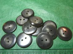 "(12)  7/8"" GRAY PLASTIC 2-HOLE BUTTONS - VINTAGE Lot#GB420"