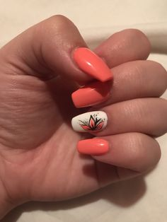 Coral nails with flower design Cute Toe Nails, Cute Toes, Fancy Nails, My Nails, Flower Nail Designs, Coral Nail Designs, Coral Nails With Design, Nails Design, Corral Nails