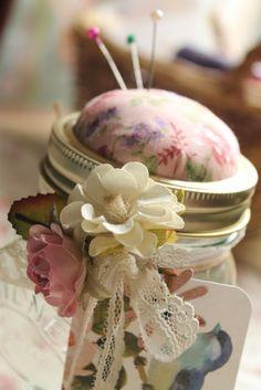 Little Ruby Robin: How to: Kilner jar pin cushion