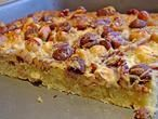 Heerlijke plaatkoek met noten en kokos, 1 van de meest bekeken recepten op de website en lekker makkelijk om te maken. Een aanrader voor op een verjaardag!
