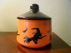 Vintage Halloween Collectible ~ Hazel Atlas Candy Dish * Witches/ & Bats