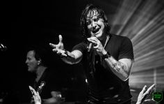 Scott Stapp delivers an awe-inspiring performance out on his Proof of Life Tour