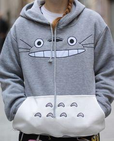 Sudadera Totoro 35€    #sweatshirt pikapikashop.com #totoro #myneighbortotoro #kawaii #love #cute #pikapikashop #barcelona