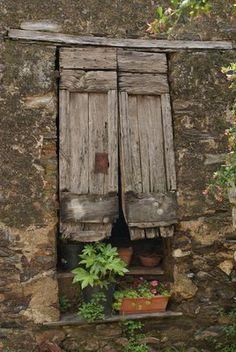 Corsica Window