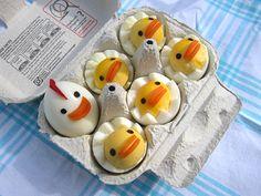 Chicken Egg http://www.lovediy.it/2014/03/31/chicken-egg/ Simpatici #pulcini appena nati che fanno capolino...dalle #uova sode! Una #ricetta per la #Pasqua divertente e facile da preparare...
