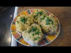 Drožďová pomazánka - YouTube Pesto, Mashed Potatoes, Chicken, Ethnic Recipes, Food, Youtube, Whipped Potatoes, Smash Potatoes, Eten
