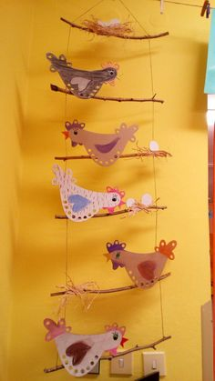 Chickens up the barrel . Bonga& idea and fell in love . Hühner hinauf dem Fass … Bongas Idee und verliebte sich non… Dasjenige Zeic… – Ostern Chickens up the barrel of Bonga& idea and fell in love with That Zeic - Butterfly Template, Butterfly Crafts, Butterfly Art, Easter Art, Easter Crafts, Thanksgiving Crafts, Diy And Crafts, Crafts For Kids, Arts And Crafts