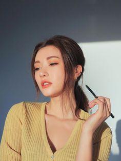 super slim waterproof eye liner - Makeup Looks Going Out Korean Makeup Look, Asian Makeup, Mode Ulzzang, Ulzzang Girl, Make Up Looks, Ulzzang Fashion, Korean Fashion, Summer Eye Makeup, Eyeliner