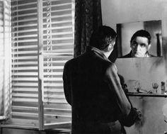 """Robert Graf in """"Jonas"""" """"Jonas"""" (D / 1957)    Begeisternd unkonventionell. Ein Film über einen Außenseiter, der gleichzeitig ein Jedermann ist. Definitiv ein sträflich vernachlässigtes Meisterwerk. Empfohlen sei an dieser Stelle die gelungene Besprechung auf Whoknows."""