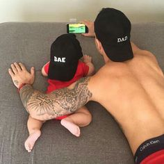 Definitely need a picture like this with the hats of me and my princess!!