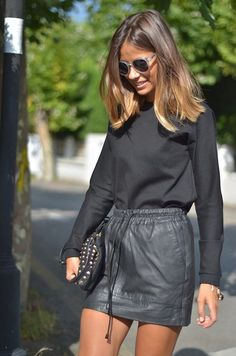 Very long bob: tutte le versioni più cool del caschetto lungo! Looks Street Style, Looks Style, Very Long Bob, Leather Look Skirts, Corte Y Color, Brown Blonde Hair, Black Hair, Blonde Highlights, Mode Inspiration