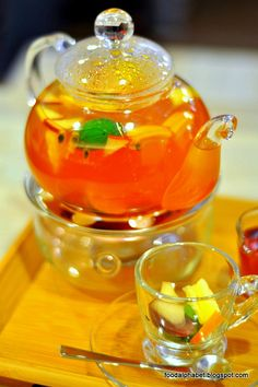 Fresh Fruits Tea