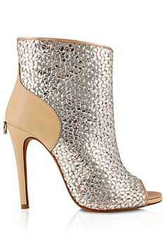 Don't know who this is but I like this #shoeoftheday Guillaume Hinfray Spring/Summer 2013