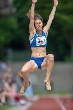 Best 11 Tamaka Shimizu Photos – Nitro Athletics Melbourne – 4 of 6 – Zimbio – SkillOfKing. Beautiful Athletes, Long Jump, Women Volleyball, Gymnastics Girls, Sporty Girls, Action Poses, Track And Field, Athletic Women, Female Athletes