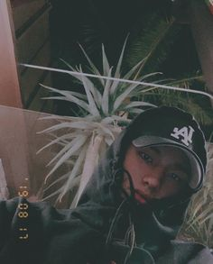 Check out Stray Kids @ Iomoio Blake Steven, Images Gif, Kids Icon, Kid Memes, Kids Wallpaper, Drama Queens, Cloud 9, Lee Know, Kpop Aesthetic