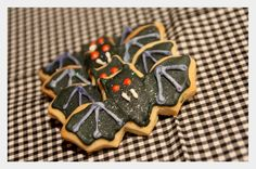 Halloween cookies 2014 Homemade Sweets, Halloween Cookies, Other Recipes, Desserts, Food, Tailgate Desserts, Deserts, Meals, Dessert