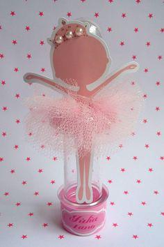 Tubete rosa personalizado com tema bailarina e nome da criança. Temos outros temas. Consulte-nos.    Apenas embalagem, não acompanha recheio.