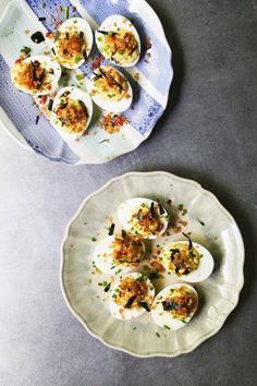 Miso Deviled Eggs + 5 Other Thanksgiving Appetizers A simple deviled egg recipe flavored with miso, dijon mustard, chive and lemon juice. Plus 5 other Thanksgiving appetizer recipes. Bacon Deviled Eggs, Deviled Eggs Recipe, Scrambled Eggs, Egg Recipes, Appetizer Recipes, Fall Recipes, Holiday Recipes, Everything Bagel, Thanksgiving Appetizers