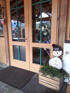 Snowman, Outdoor Decor, Home Decor, Pictures, Sunlight, Snowmen, Interior Design, Home Interiors, Decoration Home