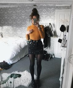 Cute Grunge Fashion Outfit Ideas to Try This Season Edgy Outfits, Mode Outfits, Grunge Outfits, Fashion Outfits, Womens Fashion, Fashion Ideas, Girl Outfits, Office Outfits, Grunge Fashion