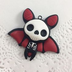 Skelebat 🦇 made this guy last week, really feeling that Halloween in July vibe 😅 Polymer Clay Halloween, Cute Polymer Clay, Cute Clay, Fimo Clay, Polymer Clay Charms, Polymer Clay Projects, Clay Crafts, Polymer Clay Jewelry, Polymer Clay Tutorials